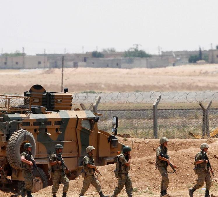 قصف على داعش بجرابلس.. وقوات تركية بصدد التوغل بسوريا