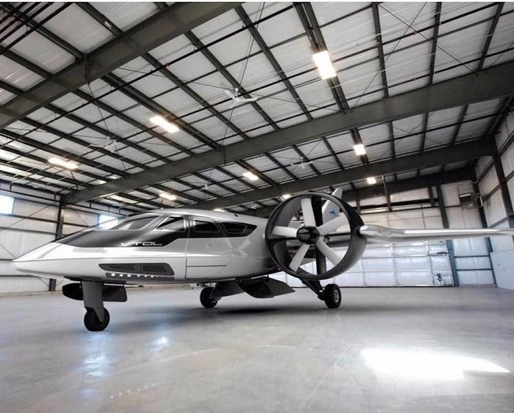 طائرة المستقبل ، طائرة يمكن أن تحتفظ فيها في كراج منزلك