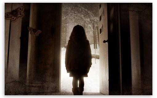 mama_horror_movie-t2