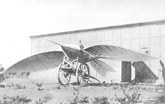 أول الطائرات في التاريخ وأكثرها غرابة