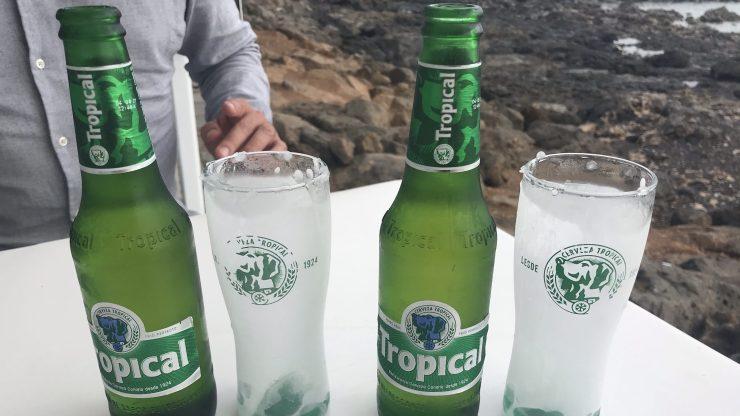 Perro Azul, Perro Verde, Tropical Beer