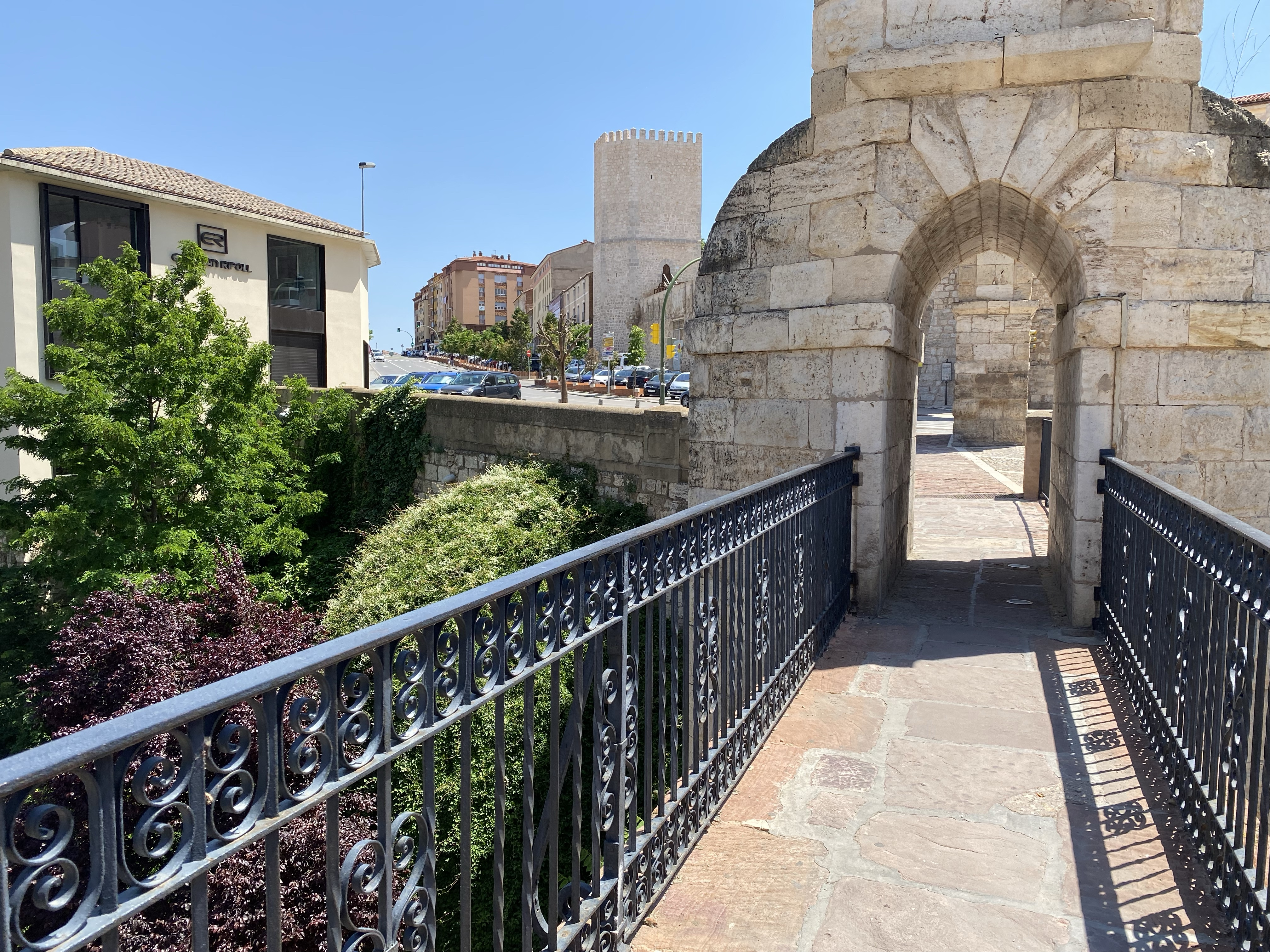 Teruel exists
