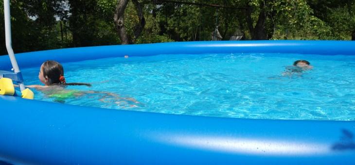 U nás na zahradě… bazén