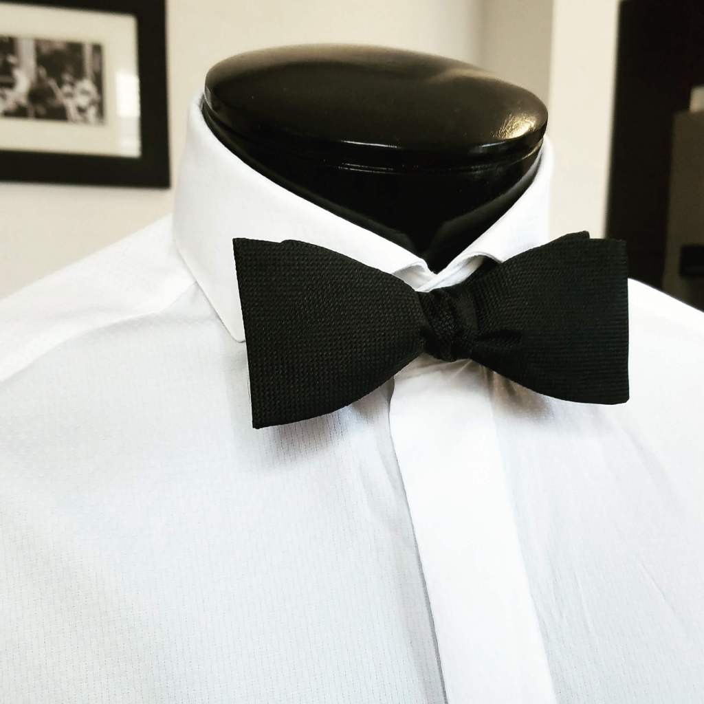 a black bow tie for a tuxedo