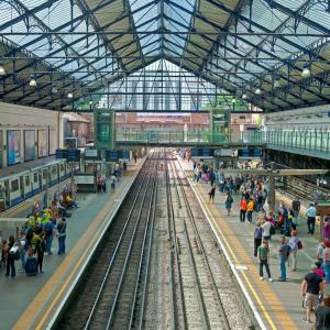 earls_court_station