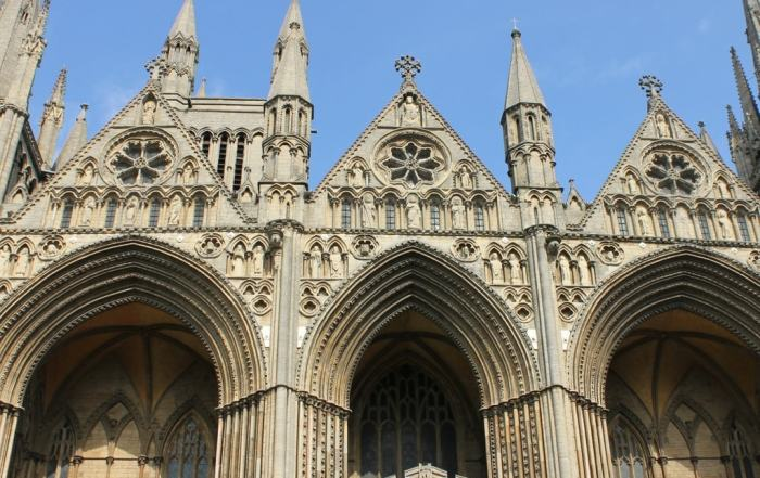 visit_peterborough_in_2018_and_celebrate_the_cathedrals_900th_birthday