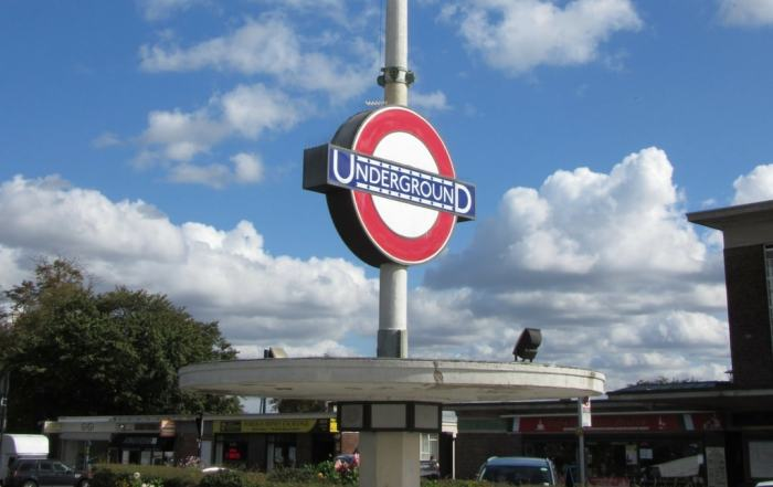 10_great_books_about_the_lindon_underground
