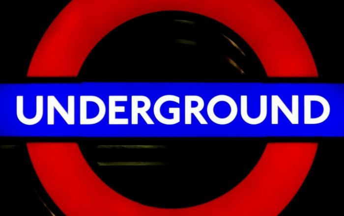 explore_london_undergrounds_amazing_architecture