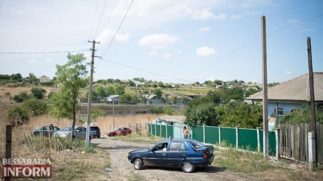 SME_2359 После погрома в Одесской области: цыганки спешно покинули территорию села на такси (ФОТО)