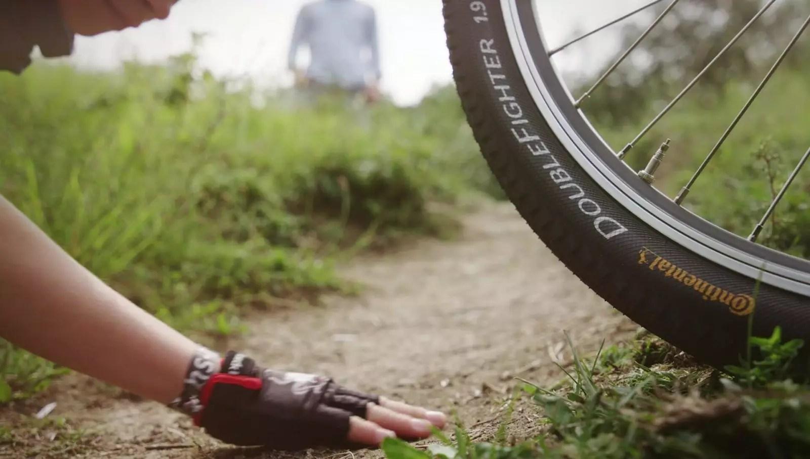 Der Reifen fühlt Screen 11
