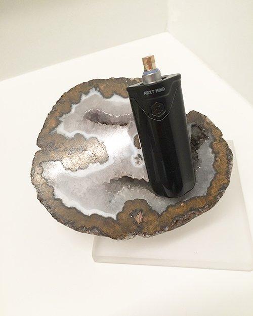 CT1 vape pen on quarts rock