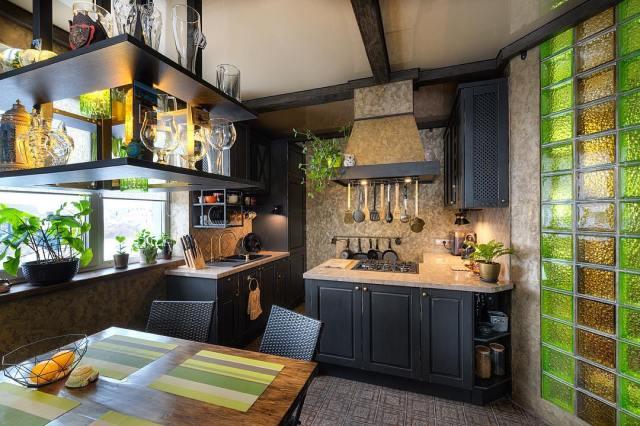 Kitchen Cabinet Paint Colors 2021: Top Trendy Colors for ...