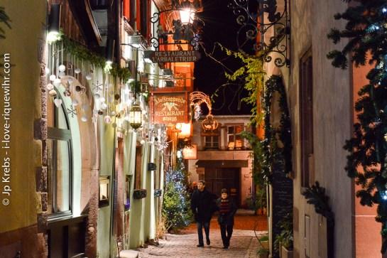The charming rue de l'Oriel in the lower part of Riquewihr