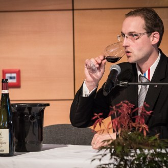 Romain Iltis tastes, analyzes and comments on each wine.