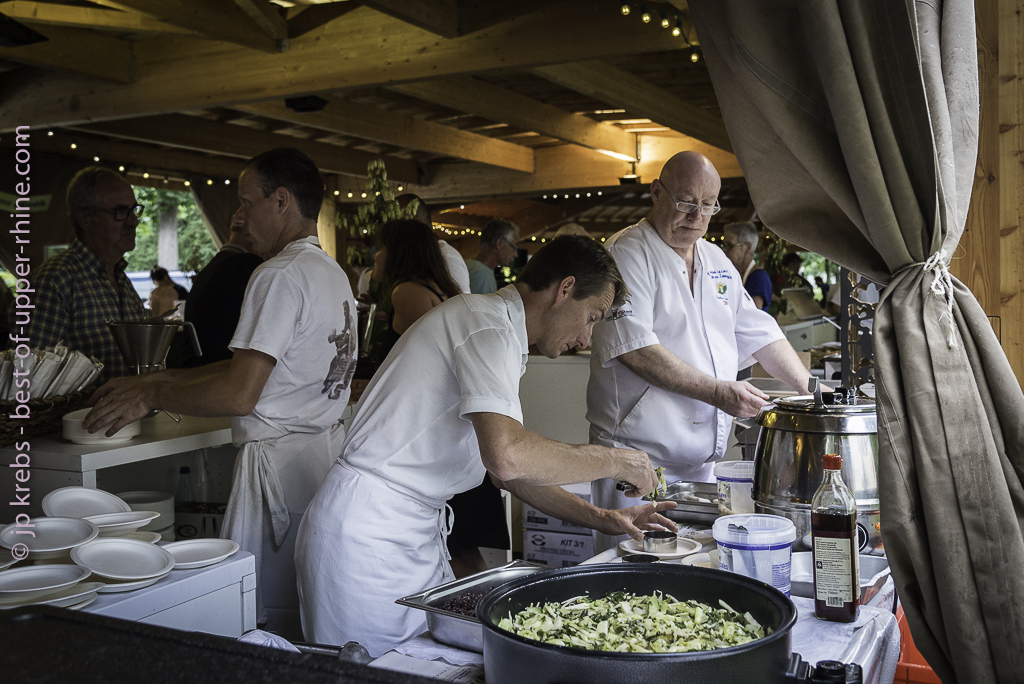 The team of the Auberge Zahnacker in action stations !