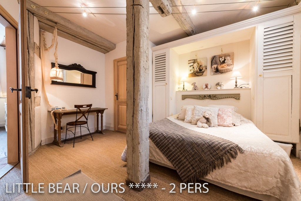 The bedroom of the Little Bear, romantic and charming apartment for 2 adults in Riquewihr in Alsace
