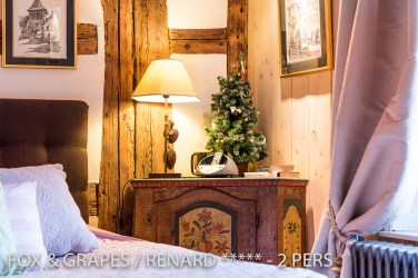 The Christmas decoration of the Fox & Grapes, romantic and charming apartment for 2 adults is located in the medieval heart of Riquewihr in Alsace