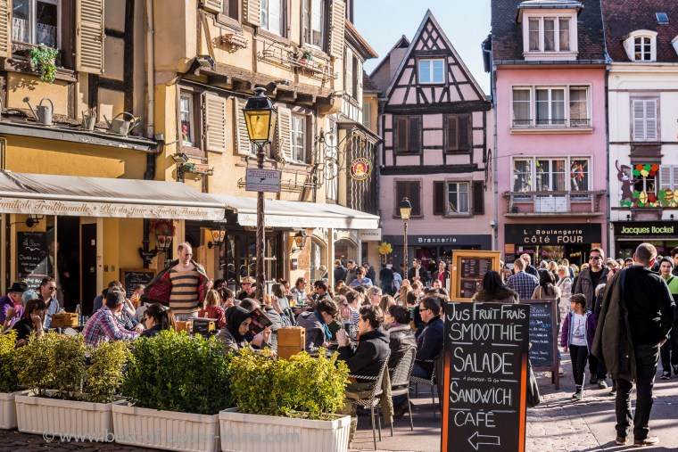Cafe terrace places Dominicans in Colmar