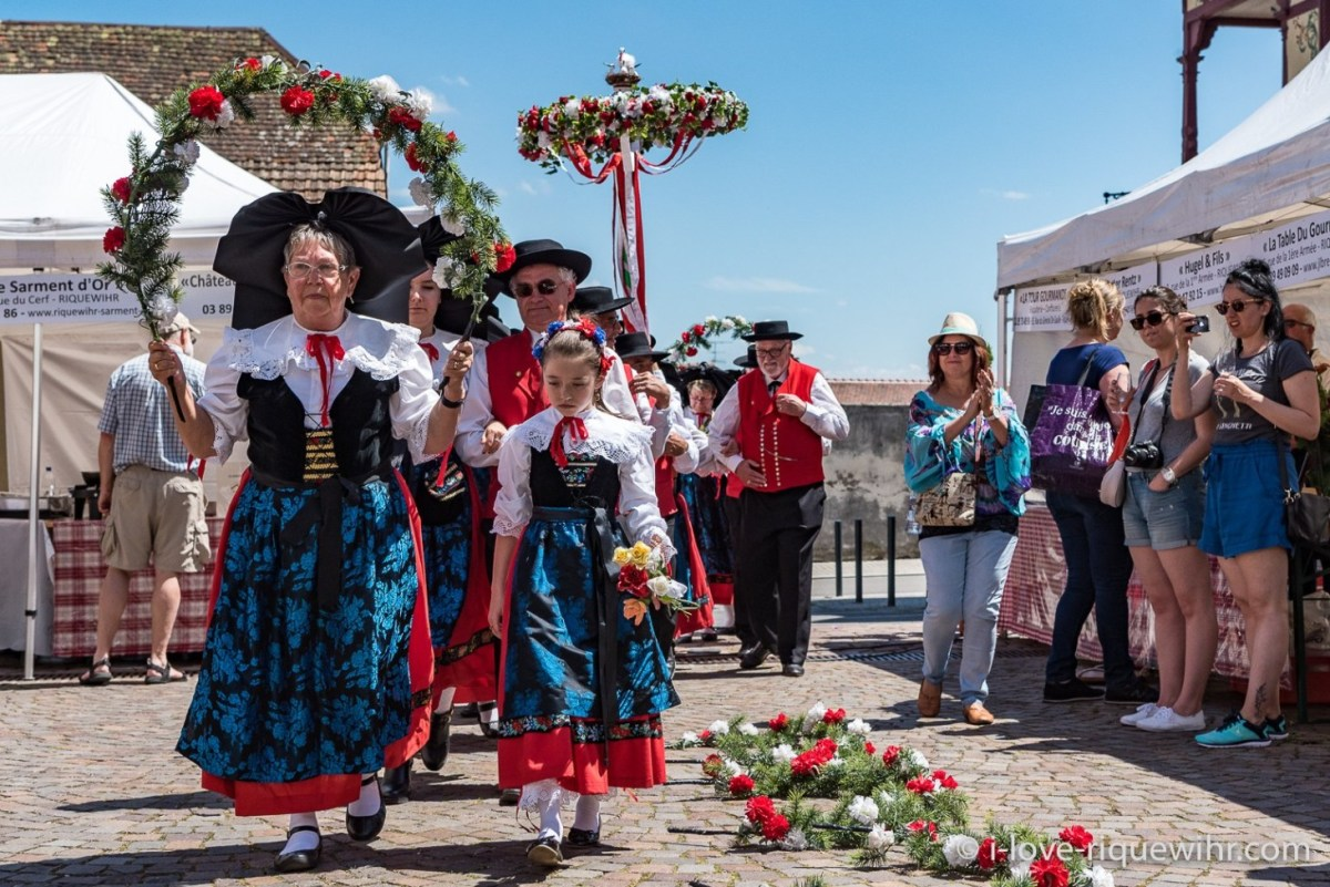 Knepfelfacht, the Quenelle festival in Riquewihr