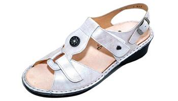 happy feet designer sandals womens