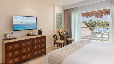 isla mujeres palace best places to stay mexico
