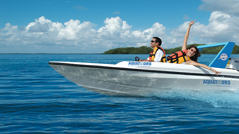 best things to do in cancun mexico boat tours