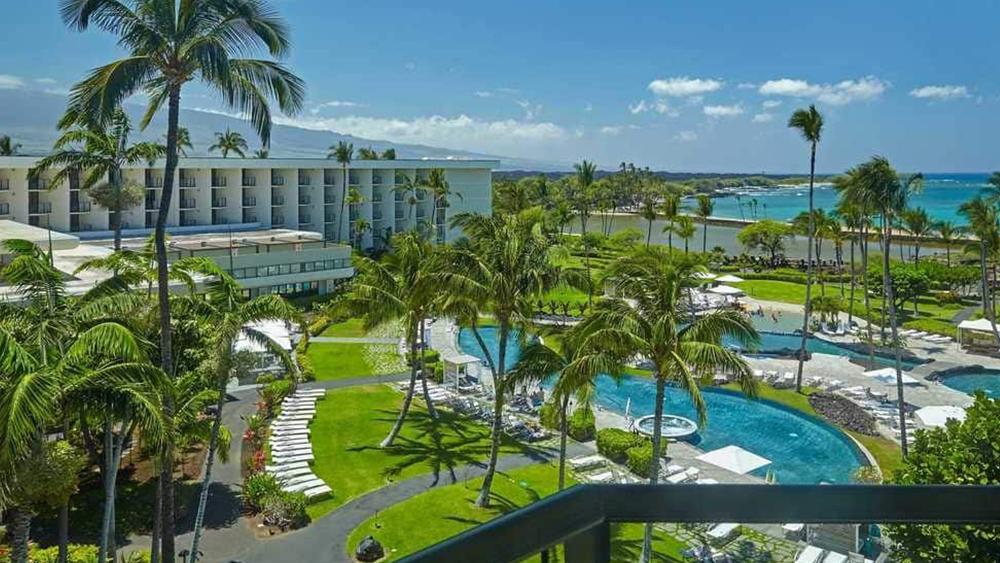 waikoloa-beach-marriott-resort-and-spa-slider-2