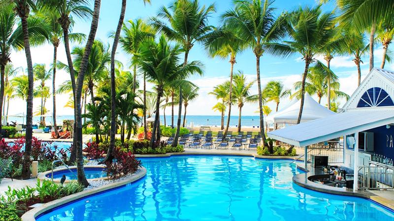 caribbean-spring-break-resorts-courtyard-by-marriott-isla-verde-beach-resort