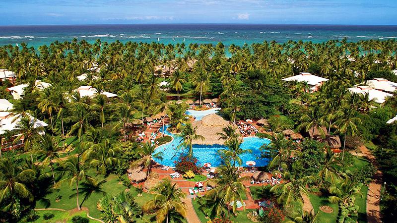 caribbean-spring-break-resorts-grand-palladium-punta-cana-resort