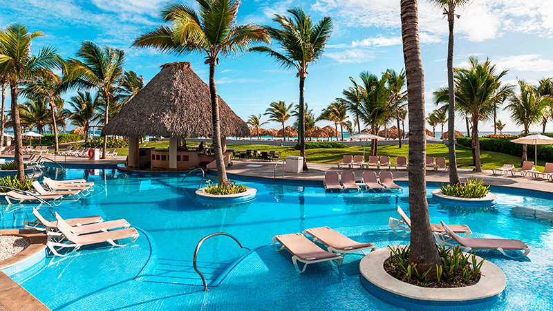 caribbean-spring-break-resorts-hard-rock-hotel-and-casino-punta-cana