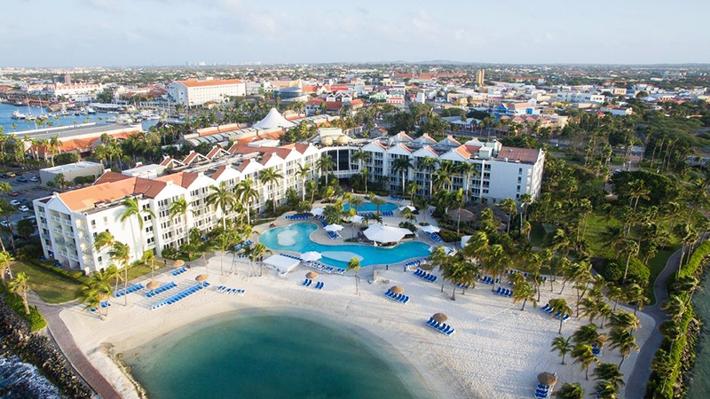 caribbean-spring-break-resorts-renaissance-aruba-resort