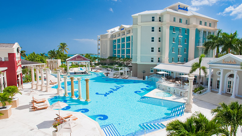 caribbean-spring-break-resorts-sandals-royal-bahamian