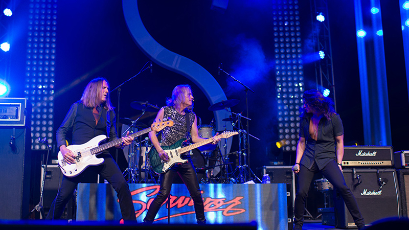 palace-resorts-live-shows