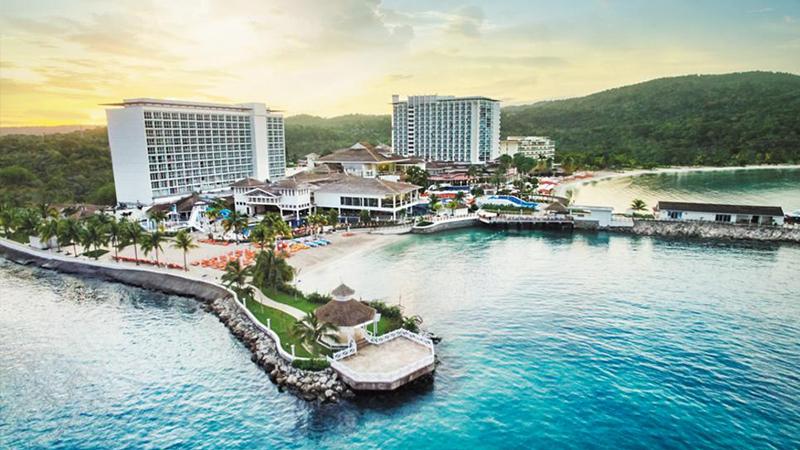 thanksgiving-moon-palace-jamaica-grande