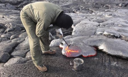 1517432573 incredible pics show scientists collecting lava from inside active volcanoes - Incredible pics show scientists collecting lava from inside active volcanoes