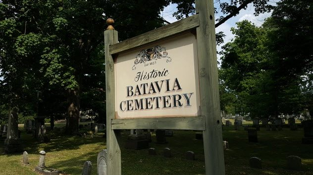 1518607391 620 top 10 spine chilling graveyard deaths - Top 10 Spine-Chilling Graveyard Deaths