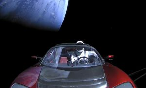 1518867772 elon musks tesla roadster headed for earth or venus crash in a few million years - Elon Musk's Tesla Roadster headed for Earth or Venus crash (in a few million years)