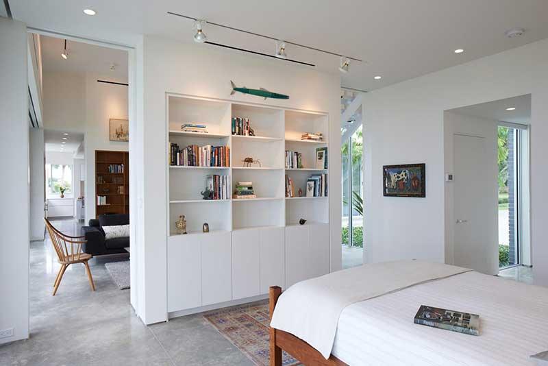 Идеи зонирования пространства комнаты на спальню и ...