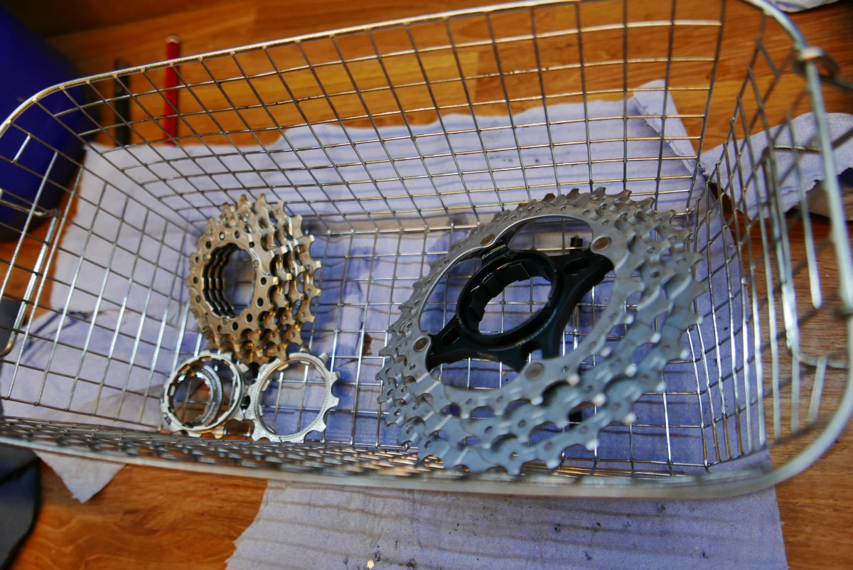 cycle cassette and gears after ultrasonic cleaning