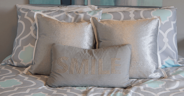 throw pillows for bedroom