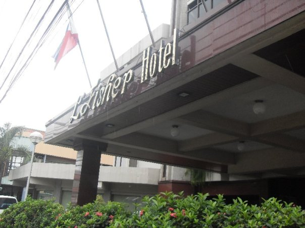 L' Fisher Hotel