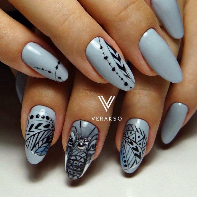 Warmy Metallic Blue Nail Design