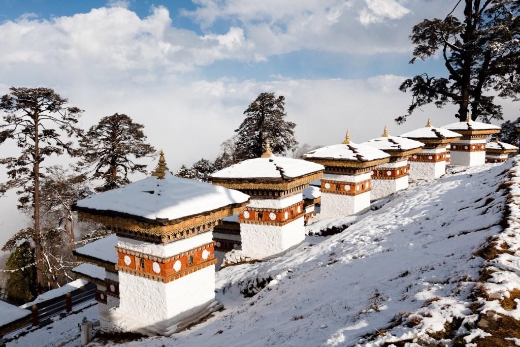 Image result for du lịch mùa đông Bhutan