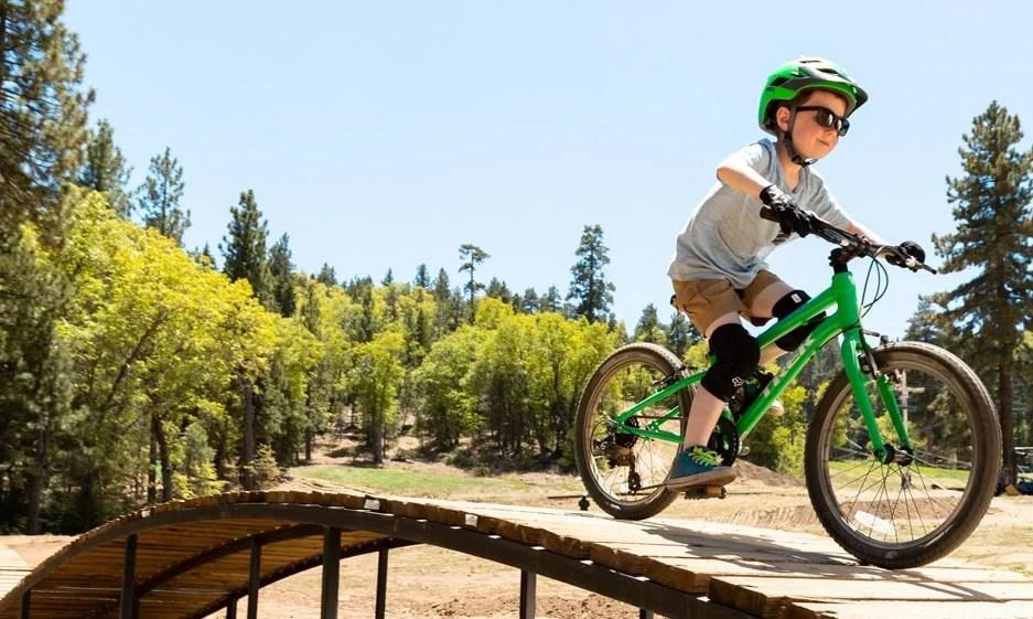 How to put a kids bike on a bike rack
