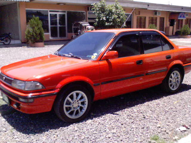We try to contain our excitement. 1990 Toyota Corolla 2 Photos Informations Articles Bestcarmag Com