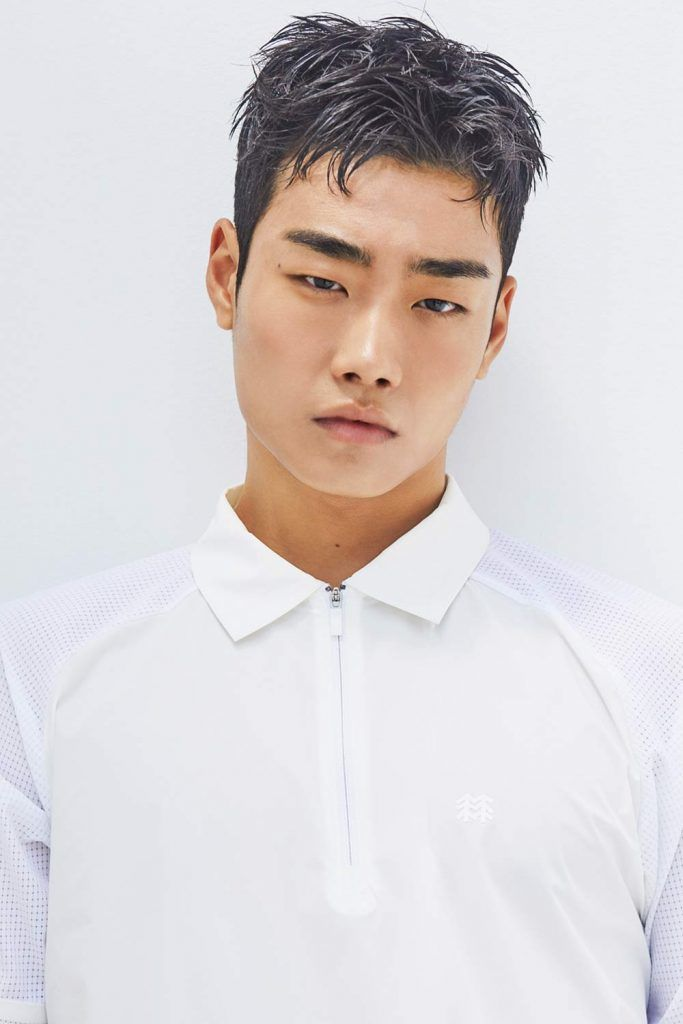 The Feathery Korean Men Haircut #koreanmen #koreanhaircuts #coreanhairstyles