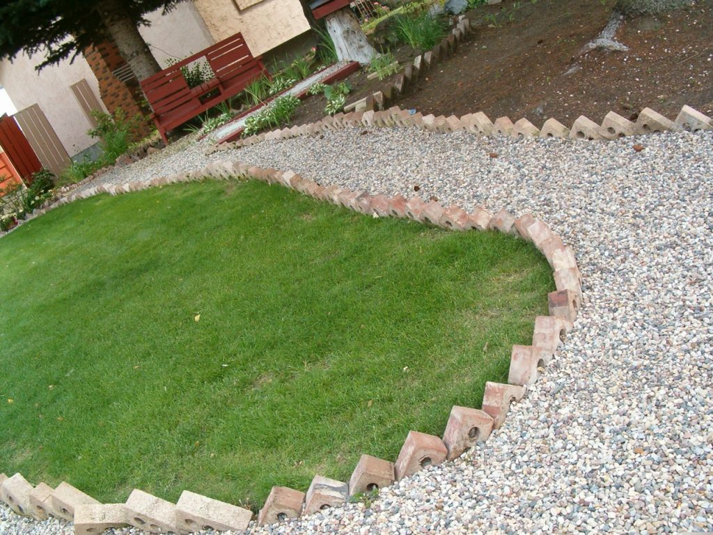 this edging will get full of grass