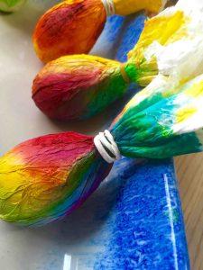 Tie dye egg1