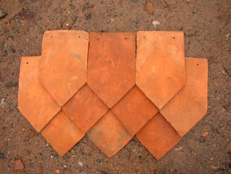 Sussex Arrowhead Hanging Tiles