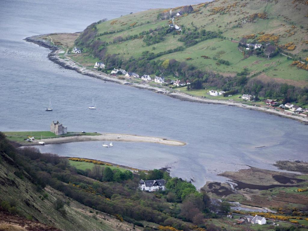 Where to stay on the Isle of Arran - Lochranza